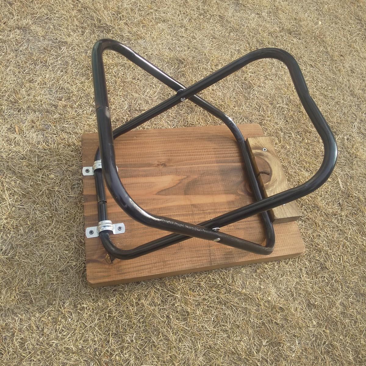 アウトドア用に 折り畳みミニテーブル 木製 ジャコブラウン