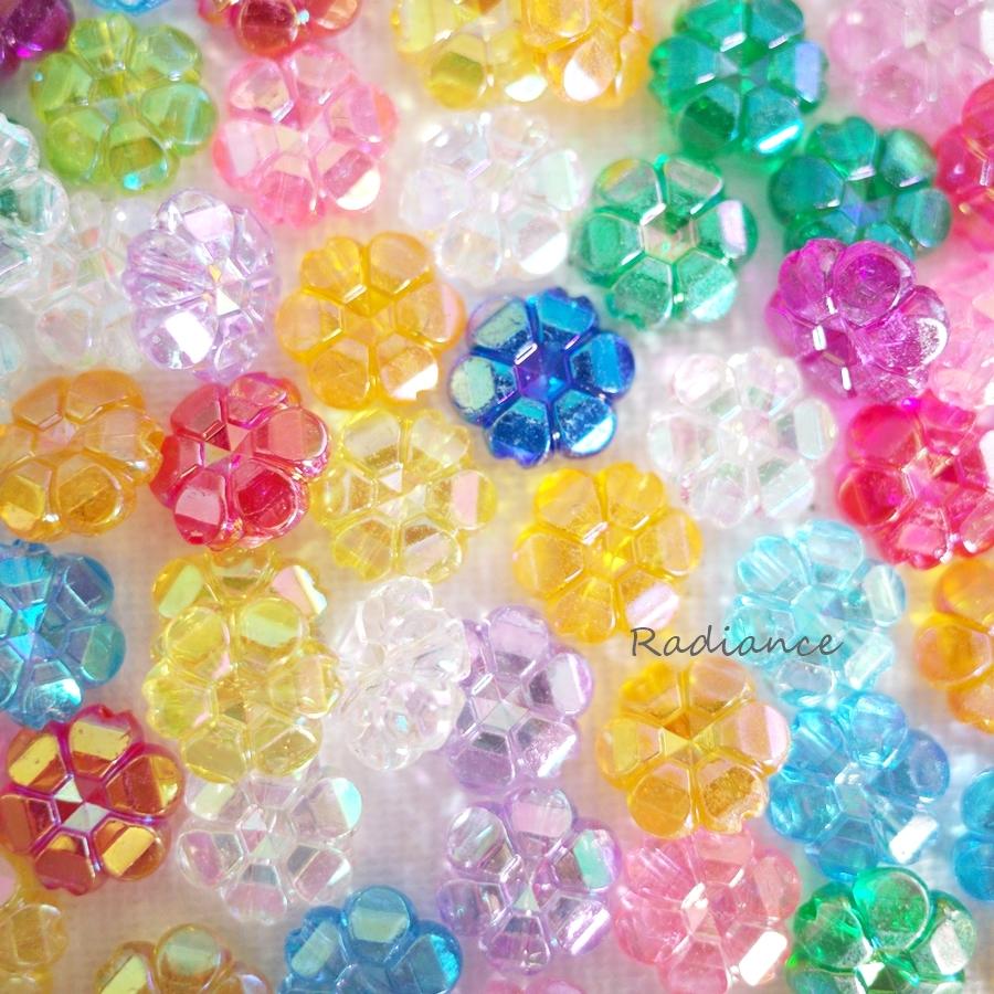 ☆オーロラ加工☆お花型透明☆アクリル丸ビーズ☆ポップカラー☆ハンドメイド素材☆クリアー☆_画像1