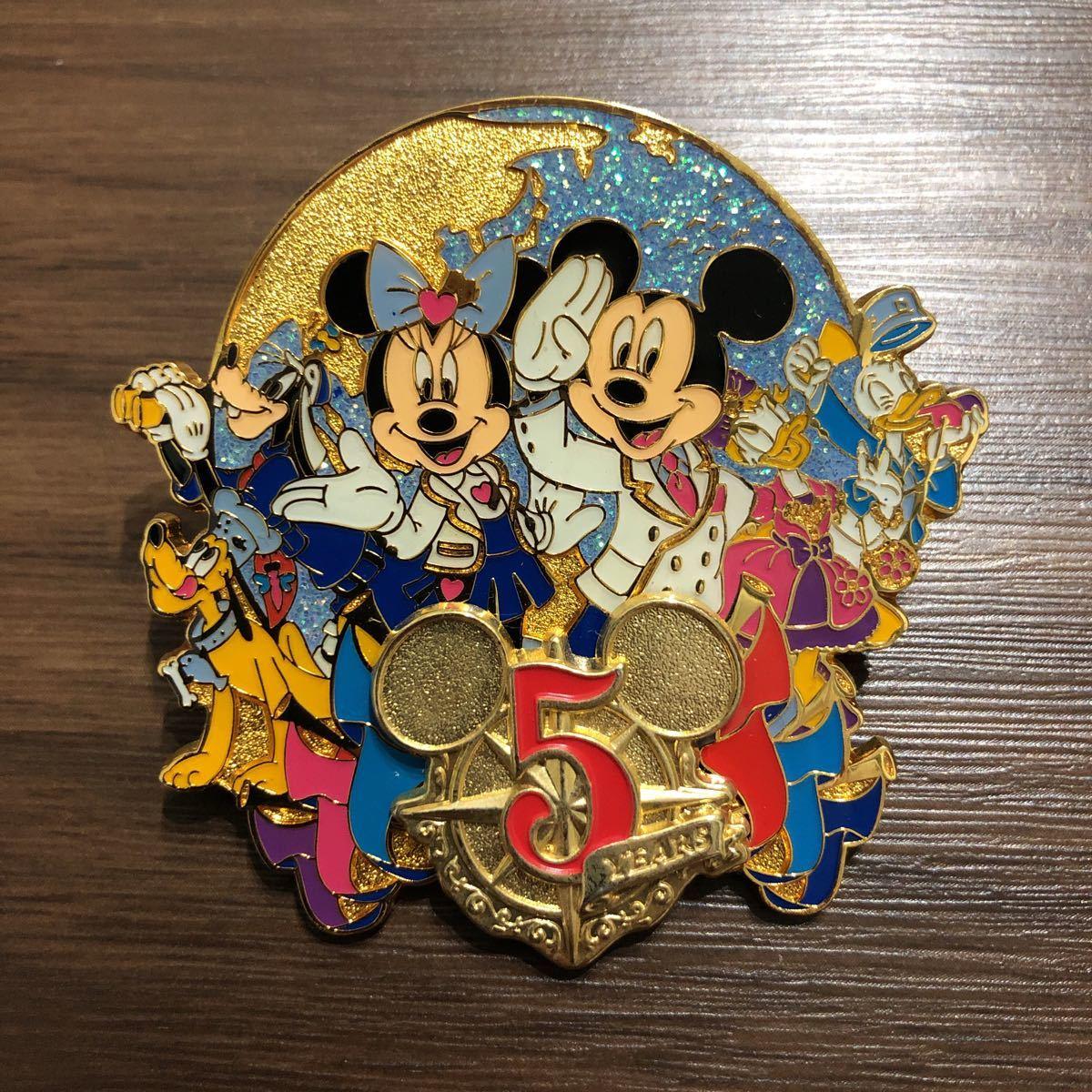 ディズニーシー5周年 ミッキーミニー ピンバッジ