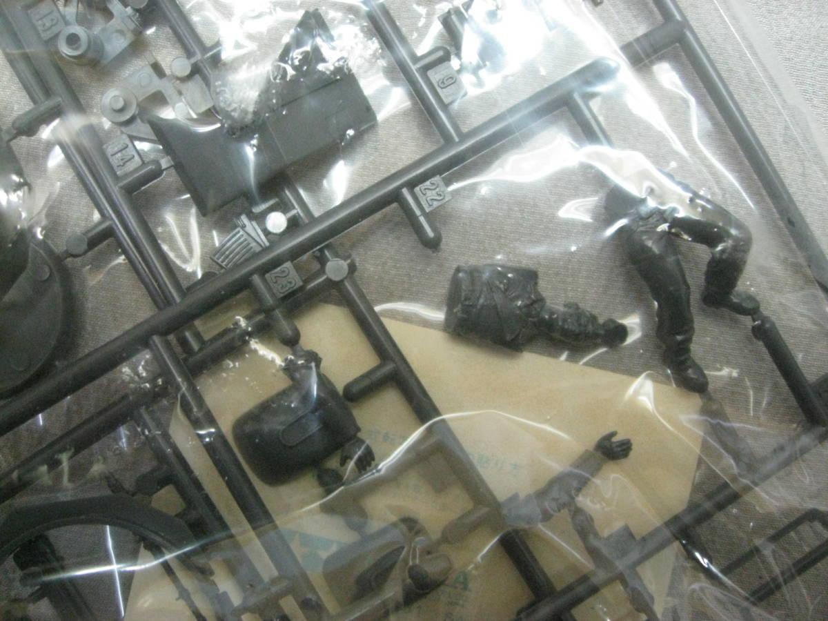 未組立 小鹿 タミヤ 1/35 ドイツ ・ 4輪装甲偵察車 Sbkfz222 ★ミリタリーミニチュアシリーズ No.51★別売りのエッチングパーツ付 TAMIYA _画像10