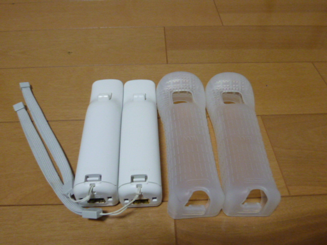 RSJ012【送料無料 即日配送 動作確認済】Wii リモコン ストラップ ジャケット 2個セット ホワイト 白 セット リモコンカバー