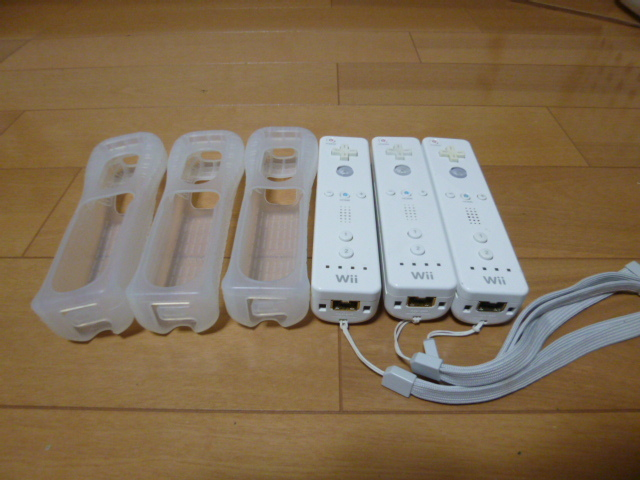 RSJ022【送料無料 即日配送 動作確認済】Wii リモコン ストラップ ジャケット 3個セット ホワイト 白 セット リモコンカバー