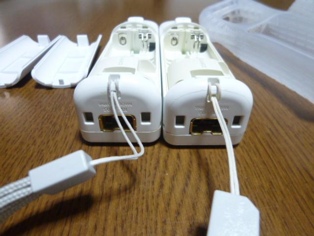 RSJN055【送料無料 動作確認済】Wii リモコン ジャケット ストラップ ヌンチャク 2個セット ホワイト 白 カバー