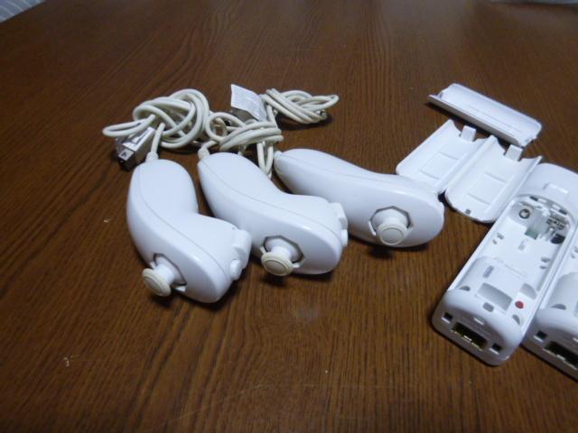 RN044【送料無料 動作確認済】Wii リモコン ヌンチャク 3個セット ホワイト 白