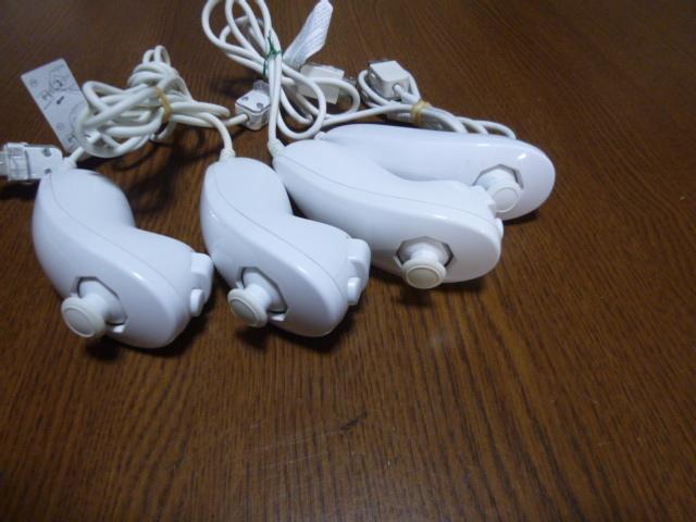 N061【送料無料 動作確認済】Wii ヌンチャク 4個セット ホワイト(クリーニング済)白 NINTENDO 任天堂 純正