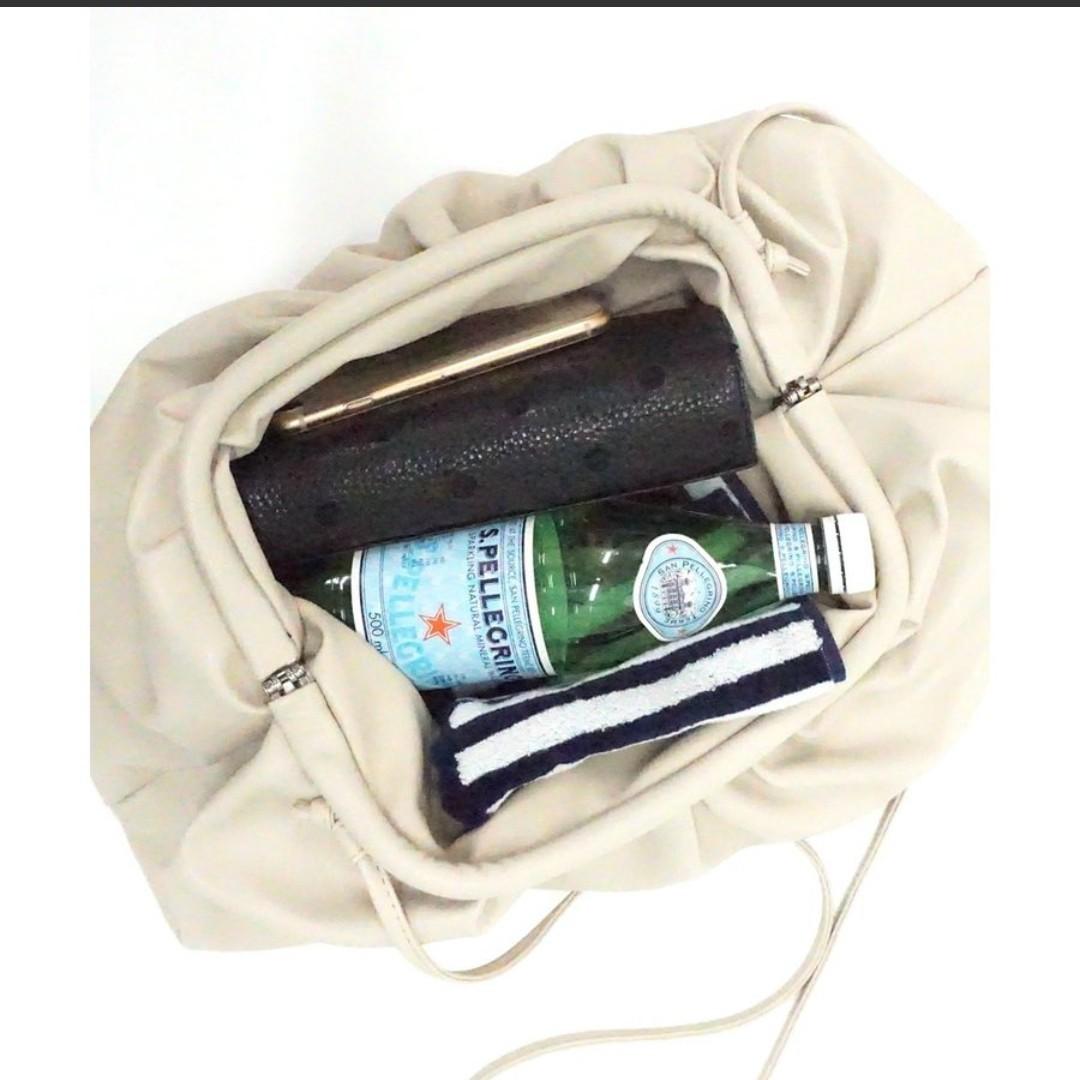 バッグ がま口巾着バッグ ビッグサイズ レディース ショルダーバッグ 大容量 DONOBAN