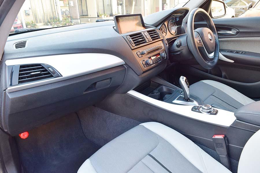 人気カラー ブラックサファイア BMW116iスタイル ディーラー記録多数有 出品中の現車確認可能【全車輌消毒消臭済】_画像8