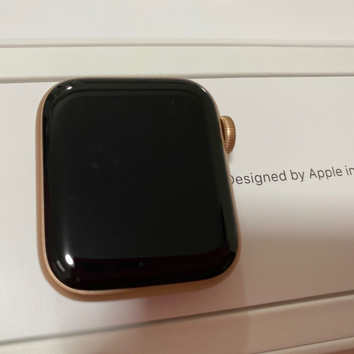 アップルウォッチ Apple Watch series6 GPSモデル 40mm Gold case + Pink sand
