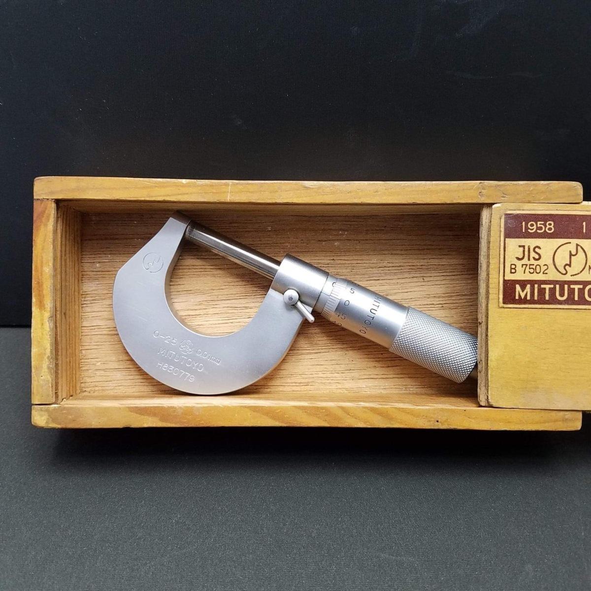 ★ハローカメラ★ 7072 MITUTOYO MICROMETER 0-25 0.01mm 外側 マイクロメーター M7HR 25 良品