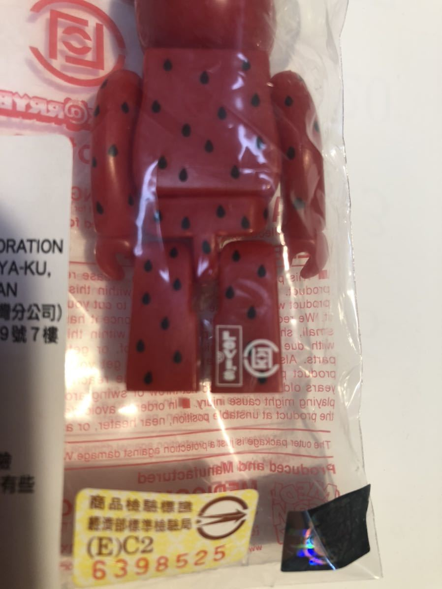 【台湾限定】BE@RBRICK Levi's Taiwan CLOT Strawberry 100% / ベアブリック リーバイス クロット ストロベリー_画像3