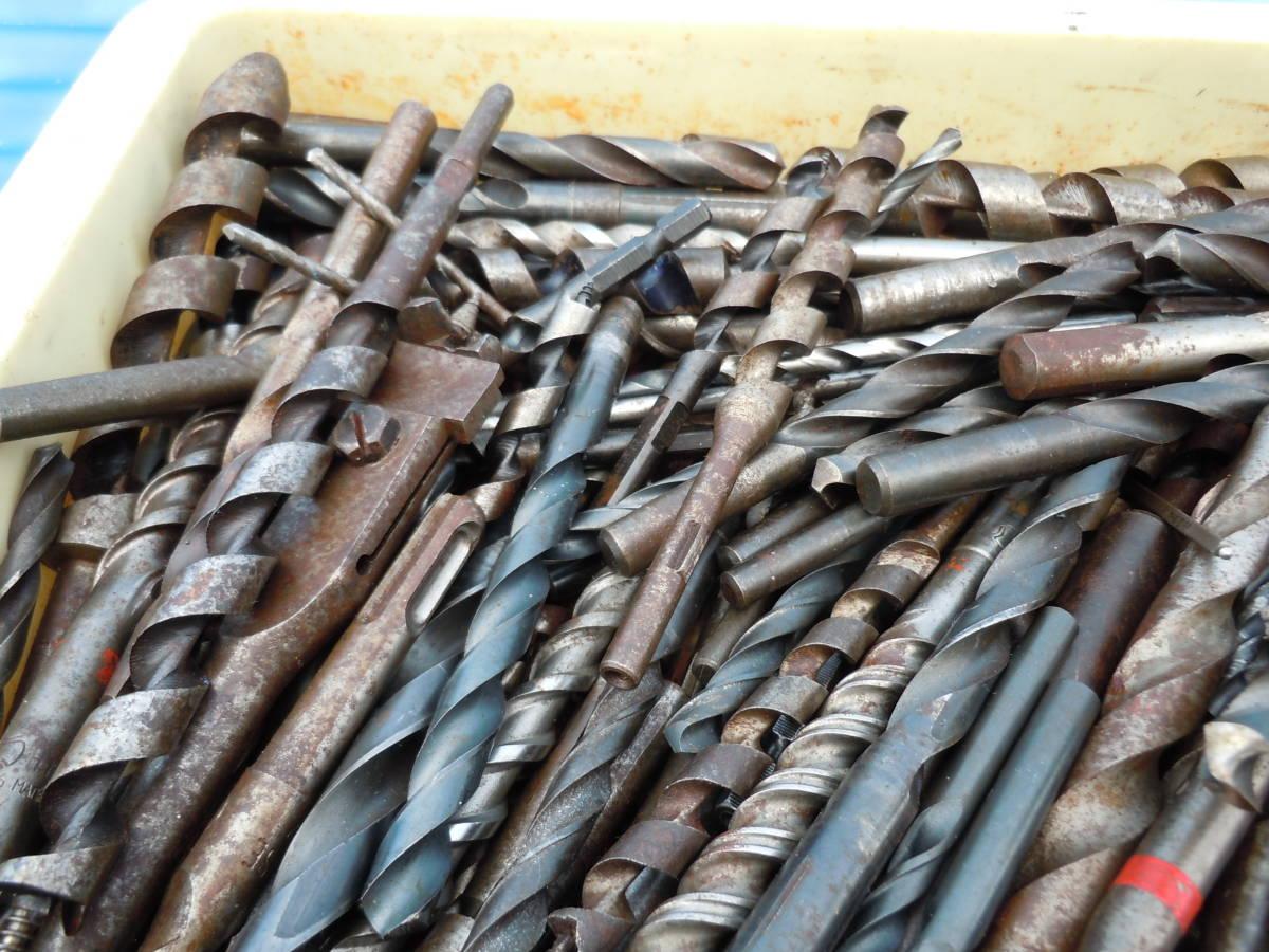 電動工具用【ドリル ビット】(drill bit)穴あけ歯物・木工用・鉄鋼用・約20kg・中古品(約400本)/最大長34Cm「BOSCH SDS」⑭72~最小9Cm_画像2