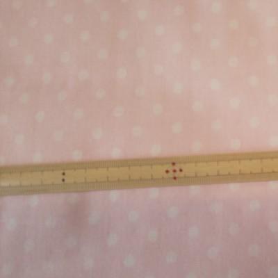 ダブルガーゼ 5mmドットプリント ライトピンク 生地巾約108cm×50cm