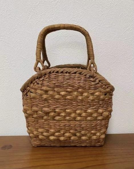 サイズM 新デザイン 未使用品 長野産 職人手編み 網代編み 山葡萄籠バッグ_画像2