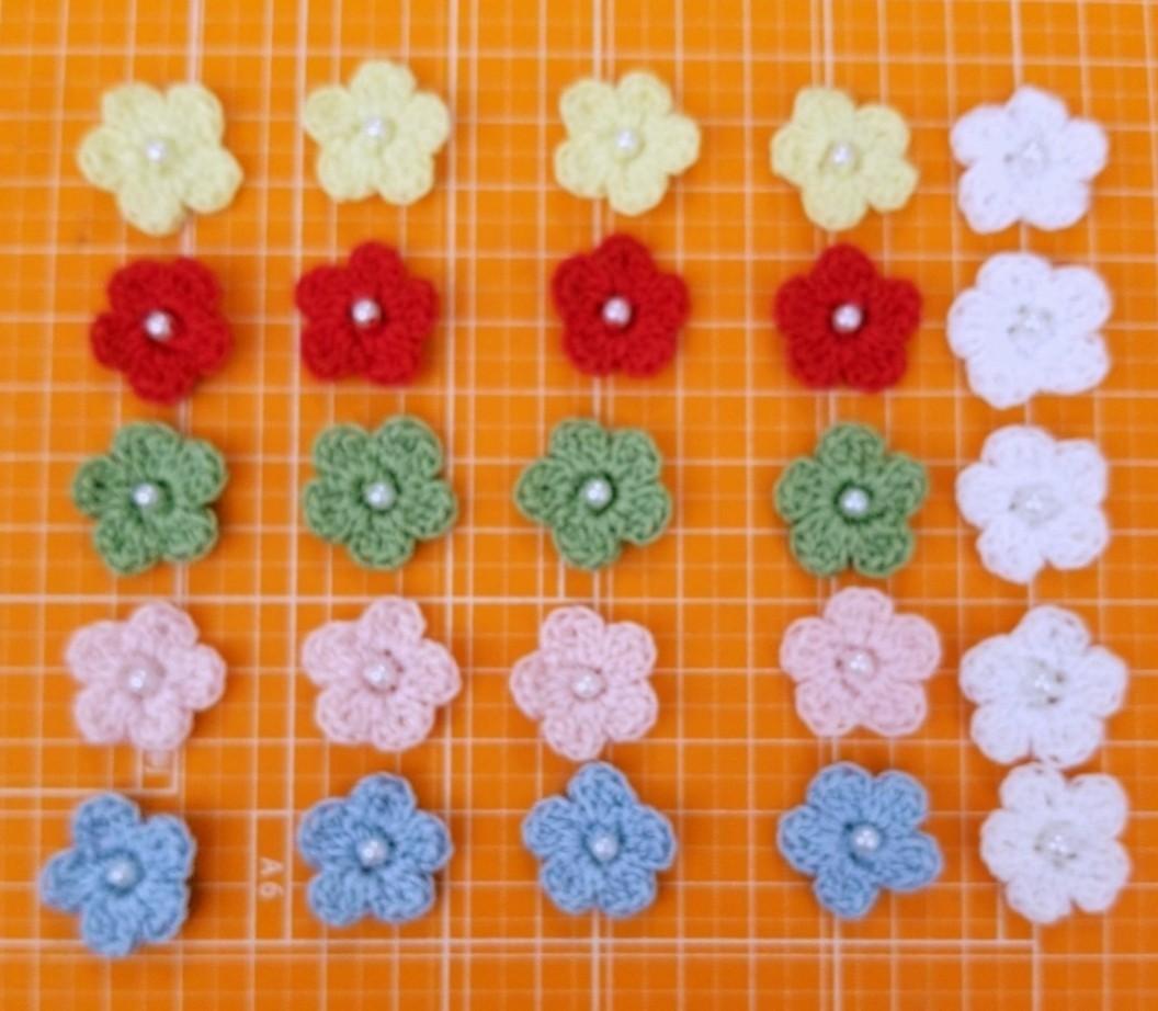 ハンドメイド手編み ビーズ付きフラワー モチーフ 全30枚セット