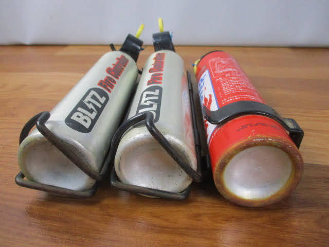 ◆ブリッツ 消火器 3点セット◆BLITZ Fire controller ファイヤーコントローラー 自動車用 消火剤スプレー式 使用期限切 まとめ♪H-150116_画像8