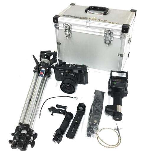 FUJI GSW690Ⅲ 中判カメラ ボディ EBC FUJINON・SW 1:5.6 65mm レンズ 付属品有り QS015-6