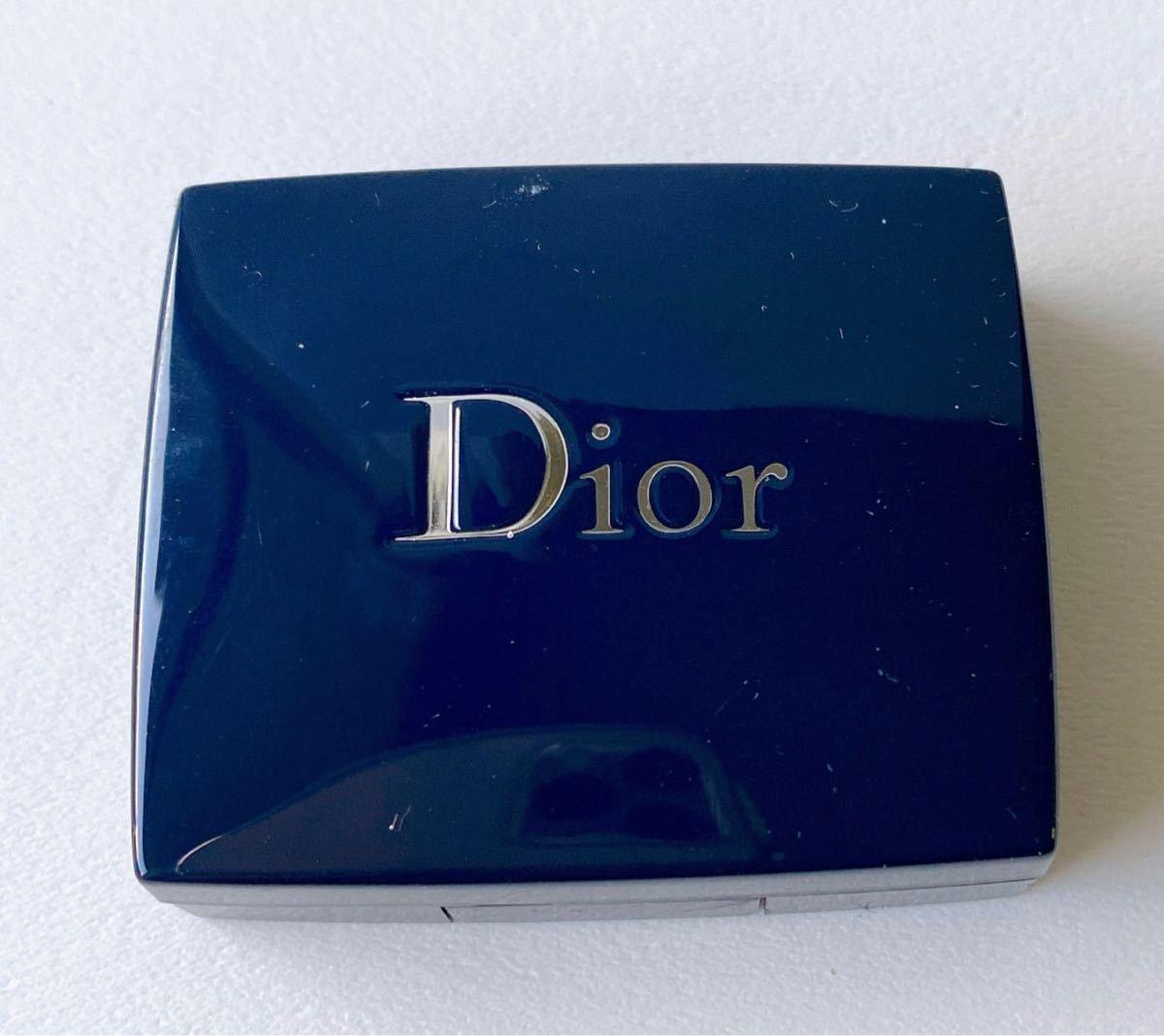 Dior  ディオール サンク クルール イリディセント アイシャドウ デパコス