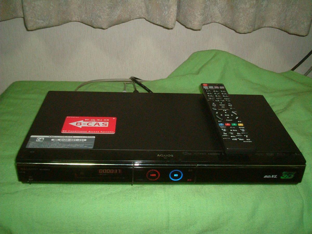 1ヶ月保証 シャープ BD-HDW80  HDD/DVD/ブルーレイ/ レコーダー 2番組同時録画 1TB  新品リモコン  B-CASカード付き_画像1