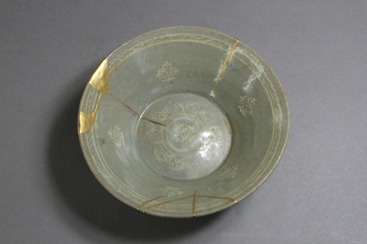 高麗青磁 象嵌花文鉢 朝鮮古陶磁 / 金継ぎの美_画像2