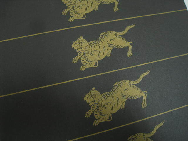 ※箱のみ レトロ 虎屋 とらや 羊羹 ようかん 空箱 黒 ブラック IN イエロー サイズ 約23.5×20×4.5cm_画像2