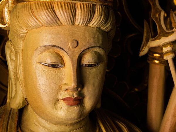 【流】仏教美術 木彫彩色千手観音像 高89cm CV916 ◎☆_画像2