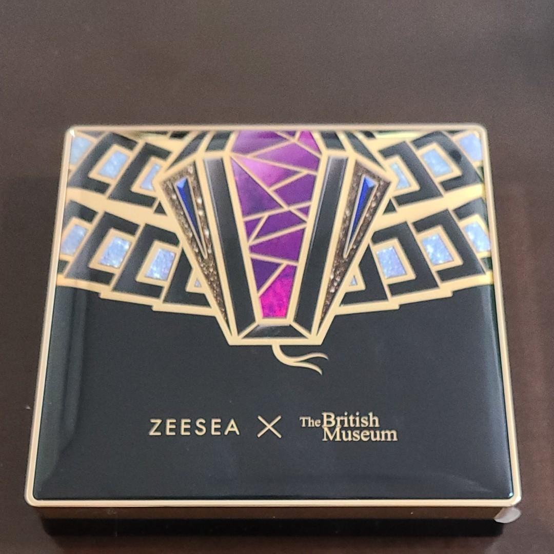 ZEESEA アイシャドウ 大英博物館 04 魅惑のヘビ