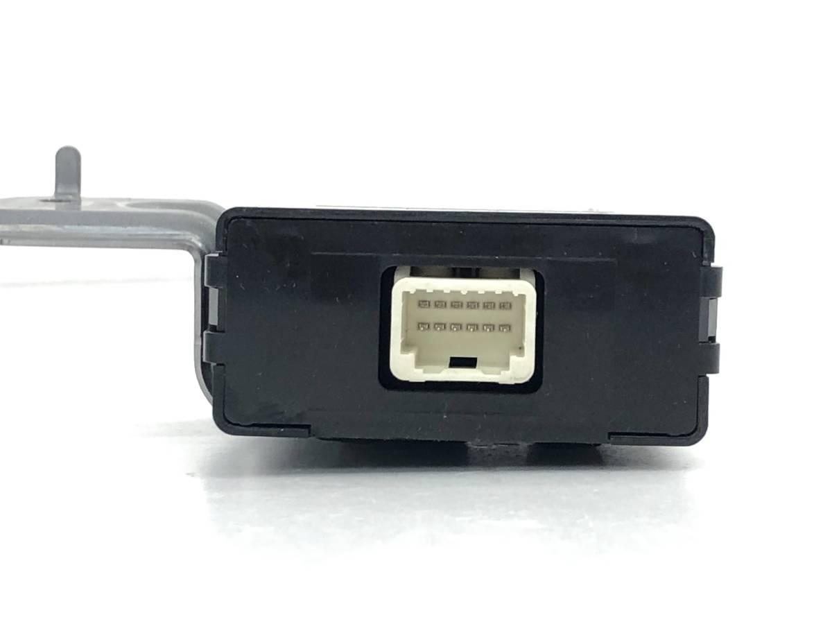 _b49753 トヨタ アクア S DAA-NHP10 ビークル アプローチング スピーカー コントローラー コンピューター 86572-52010_画像2