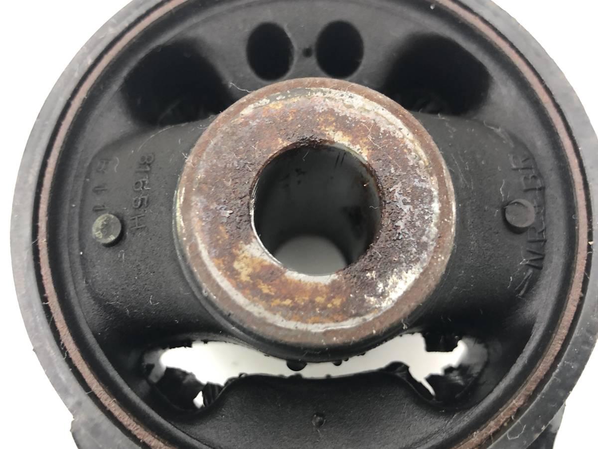 _b49753 トヨタ アクア S DAA-NHP10 エンジンマウント ブラケット 1NZ-1LM_画像5
