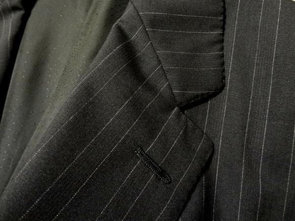 美品◆VERSACEハーフメデューサ◆最上級◆黒ピンストライプシングル2釦スーツ◆ブラック×ホワイト◆ジャンニ・ヴェルサーチ◆50_画像3