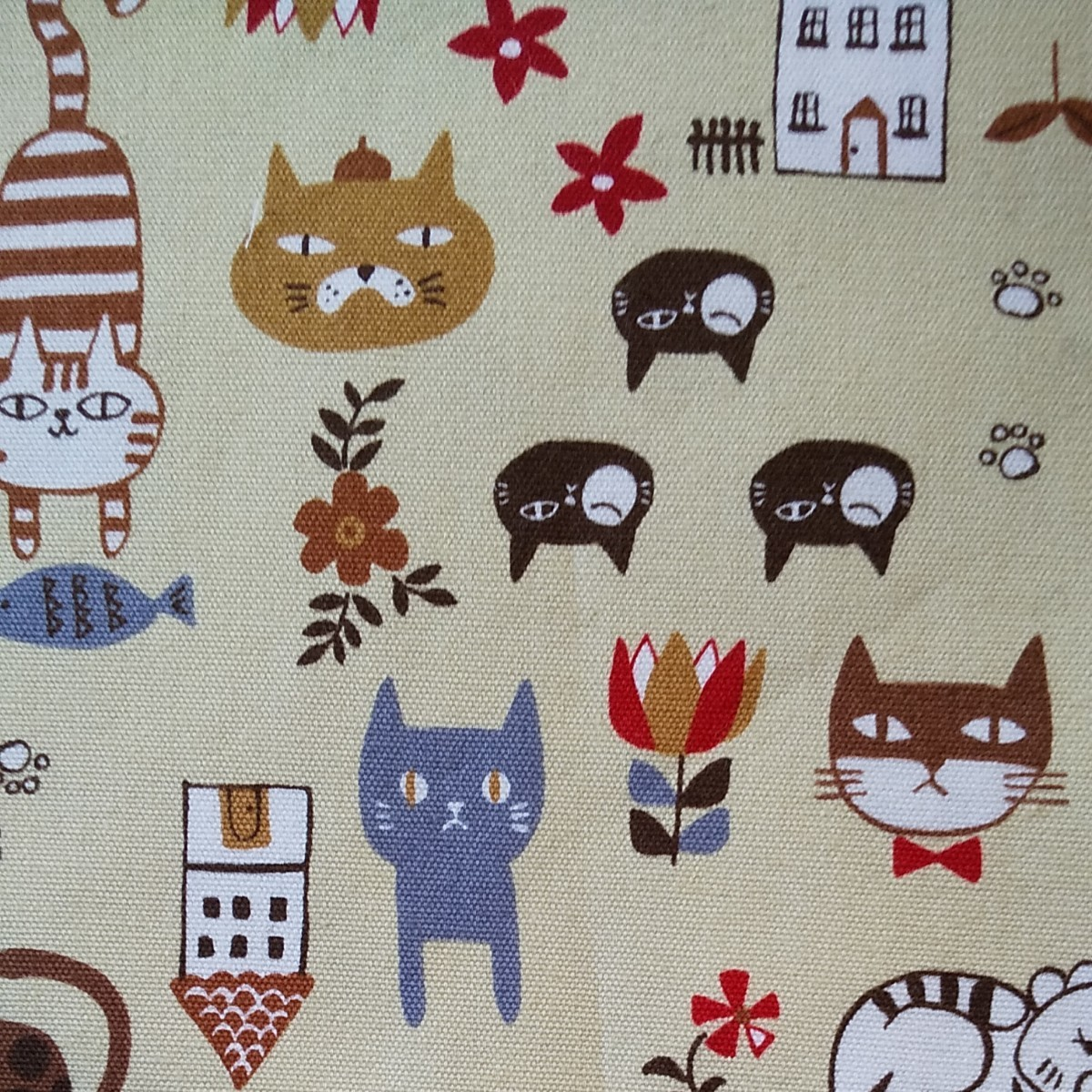 猫 ねこ ネコ(大)    生地 ハギレ