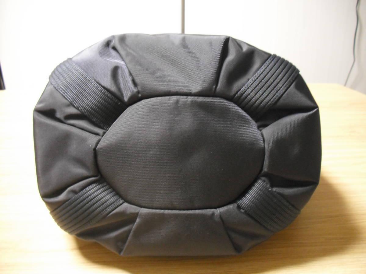 BOGNER(ボグナー)のナイロン製ショルダーバッグ:ネイビー:美品_画像4