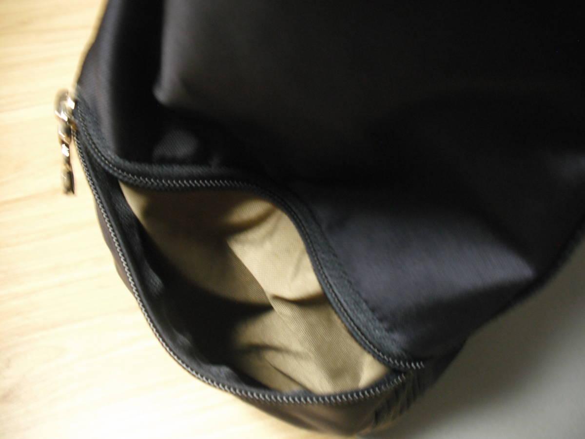 BOGNER(ボグナー)のナイロン製ショルダーバッグ:ネイビー:美品_画像10