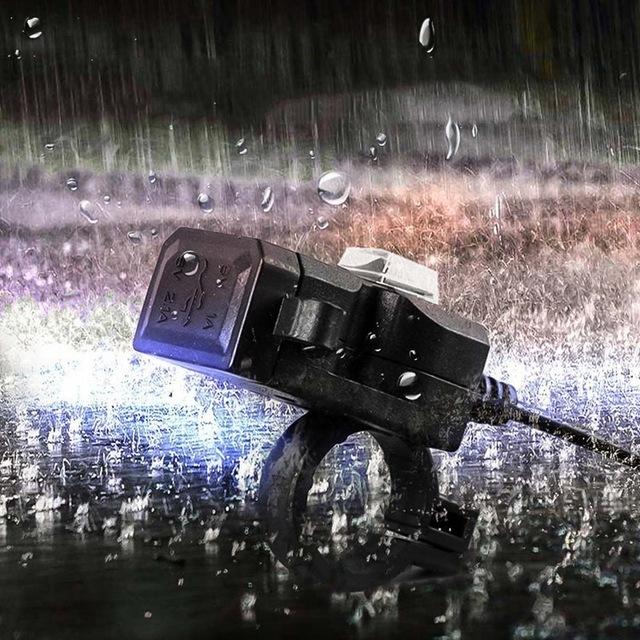 ★1円スタート★デュアル usbポート 防水 バイク オートバイ ハンドルバー 充電器 アダプタ 電源ソケット用 AT2278_画像5