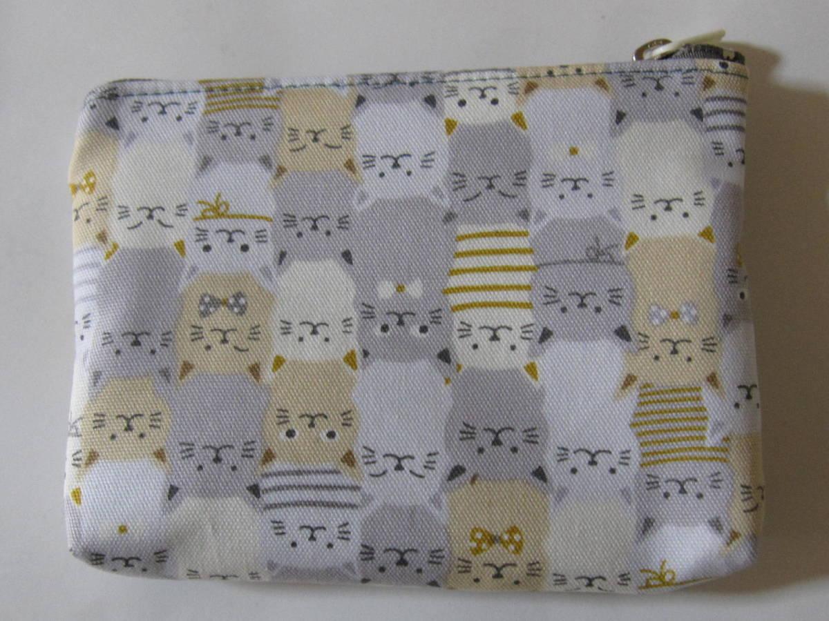 手作り 小物 ポーチ 一面に 猫 ライン リボン 模様 動物 ねこだらけ 柄 ネコ レトロ ハンドメイド オックス地 財布 充電器 可愛い グレー_画像2