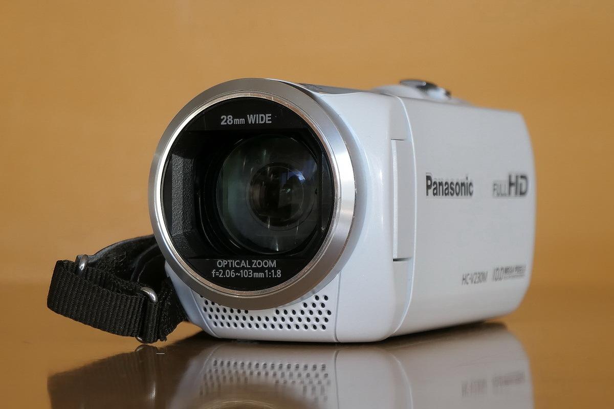 【中古】デジタルハイビジョンビデオカメラ Panasonic HC-V230M