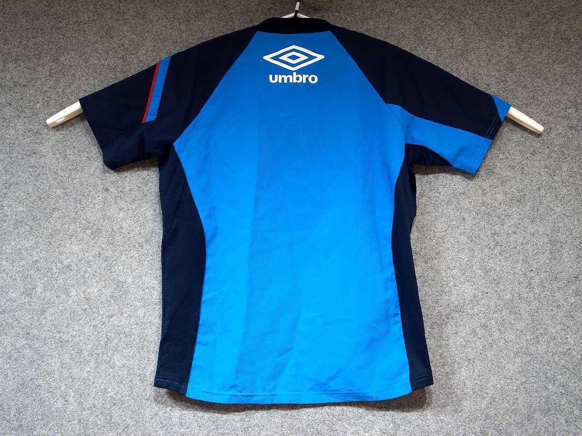 アンブロ UMBRO - サッカー フットサル USED美品 半袖 一枚生地ピステ 練習着 SIZE:M カラー:青系 高機能高デザイン_画像2