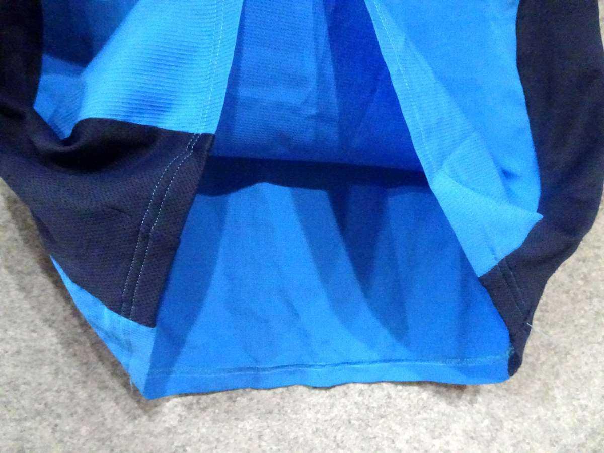 アンブロ UMBRO - サッカー フットサル USED美品 半袖 一枚生地ピステ 練習着 SIZE:M カラー:青系 高機能高デザイン_画像4