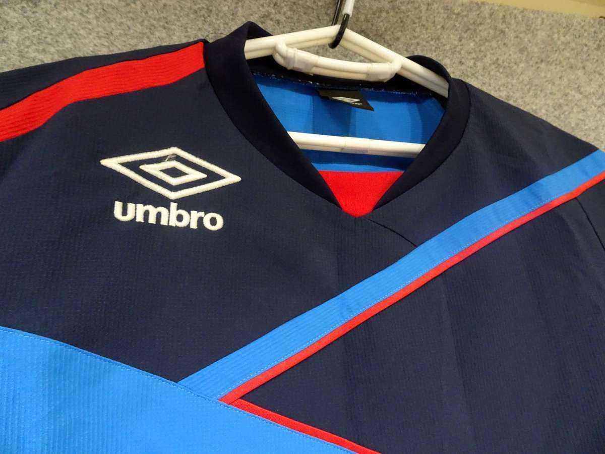 アンブロ UMBRO - サッカー フットサル USED美品 半袖 一枚生地ピステ 練習着 SIZE:M カラー:青系 高機能高デザイン_画像3