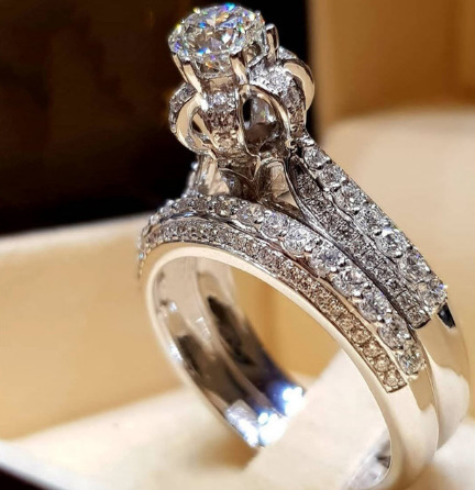 [P833]トレンディクリスタルリングセット結婚指輪女性ラグジュアリーホワイリングジュエリー_画像1
