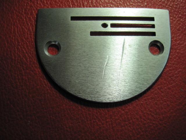 ミシン専門店 工業用、職業用ミシンに使うB22針板_画像1