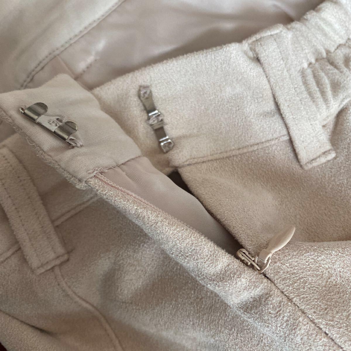 ページボーイ スウェードタイトスカート