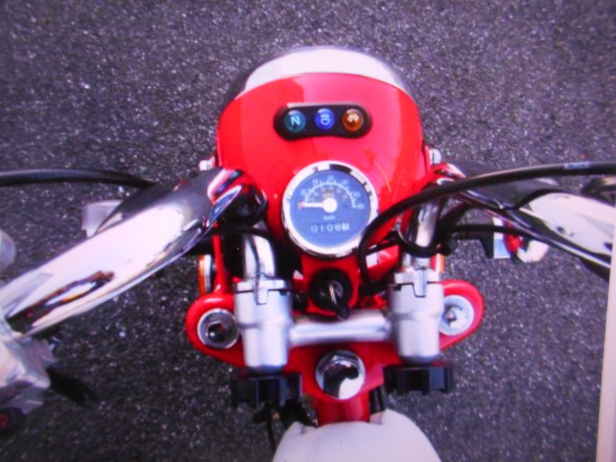 「ミニモンキ-タイプ珍車キットバイク排気量不明走行107kmマニア館ギフトップトレ-ディング」の画像3