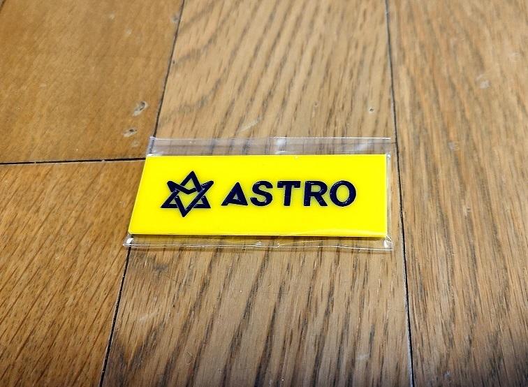 ☆New!■ASTRO/アストロ■ネームプレート名札【イエロー】☆韓国チャ・ウヌ_画像1