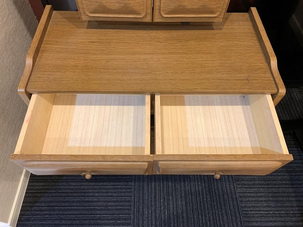 木製 三面鏡 ドレッサー スツール コンセント付 家具 鏡台 メイク台 寝室 収納 昭和 レトロ _画像4