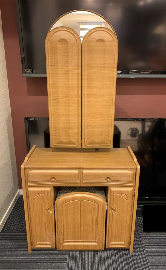 木製 三面鏡 ドレッサー スツール コンセント付 家具 鏡台 メイク台 寝室 収納 昭和 レトロ _画像2