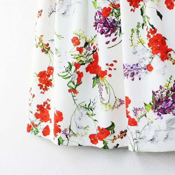 新品 大きいサイズ 定価1.7万 Rose Tiara ローズティアラ フリージアポピーフラワープリントフレアスカート 42【2400012164550】_画像4