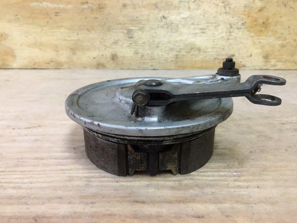 151-21 ホンダ プレスカブ50 AA01 リアブレーキドラム パネル HONDA Press Cub 50 純正 4スト キャブ車 新聞 レストア 修理 在庫処分セール_画像2