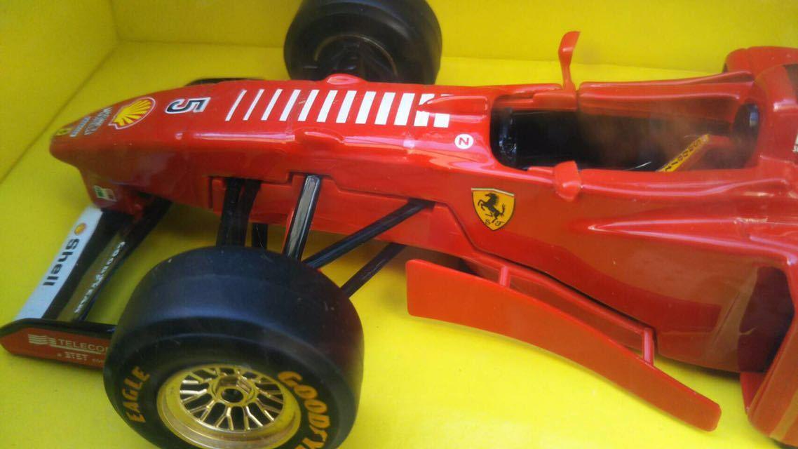 1997 Ferrari フェラーリ F1 F310B 1/24 BBURAGO ブラーゴ イタリア 模型 ミニカー_画像3