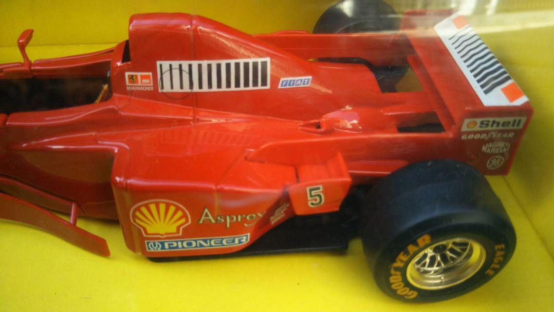 1997 Ferrari フェラーリ F1 F310B 1/24 BBURAGO ブラーゴ イタリア 模型 ミニカー_画像4