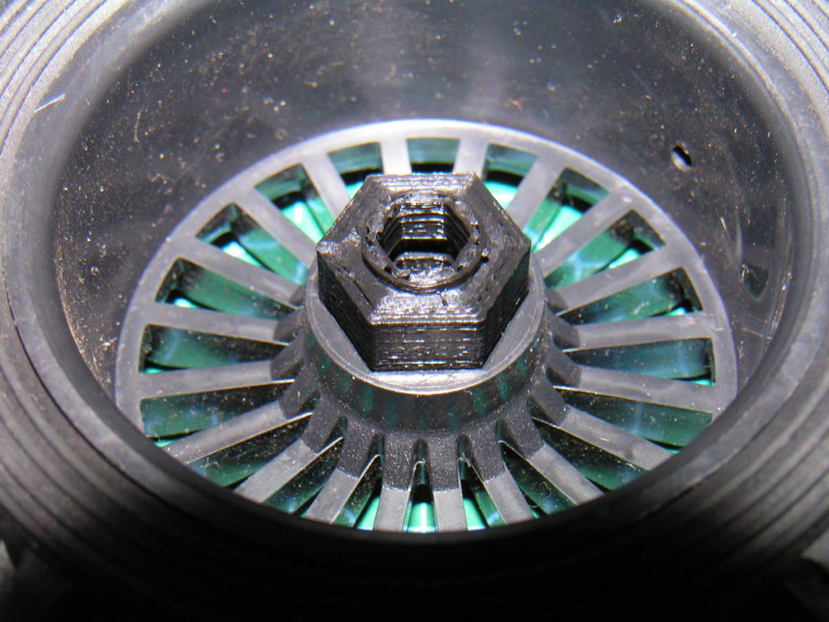 3DプリンタPLA+ 1/10 WPL D12用 5mm→12mmホイール変換ハブ 〔1台分〕 スズキ キャリイ トラック ラジコン RC_ホイールへのハブ装着例